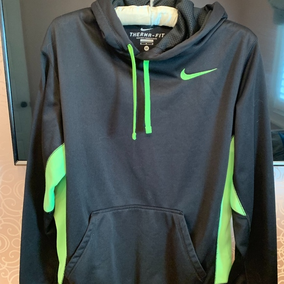 Nike Therma Fit Men's black and neon green